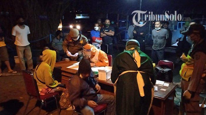 Ratusan Penyuplai di Pasar Klewer Solo Kena Swab Dini Hari Tadi : 4 Orang Positif Covid-19