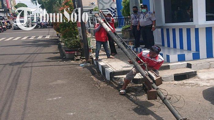 Saat Bupati Jekek Perintahkan Dishub Cabut Tiang di Pusat Wonogiri, karena Ganggu Pandangan di Jalan