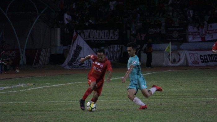 Penalti Eli Nasoka Menangkan Persis Solo atas Persik Kendal di Stadion Wilis Madiun