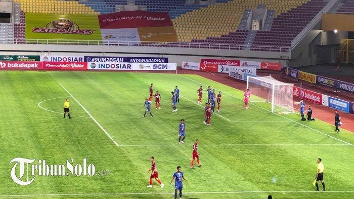 Hasil Akhir Persis Solo vs PSIM Jogja : Skor 0-0, Purwaka Yudhi cs Kokoh, Serangan Beto cs Melempem