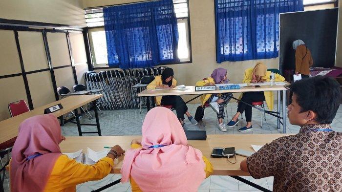 Lembaga Layanan Pendidikan Tinggi Gelar Kompetisi Debat Mahasiswa Indonesia di Univet Sukoharjo