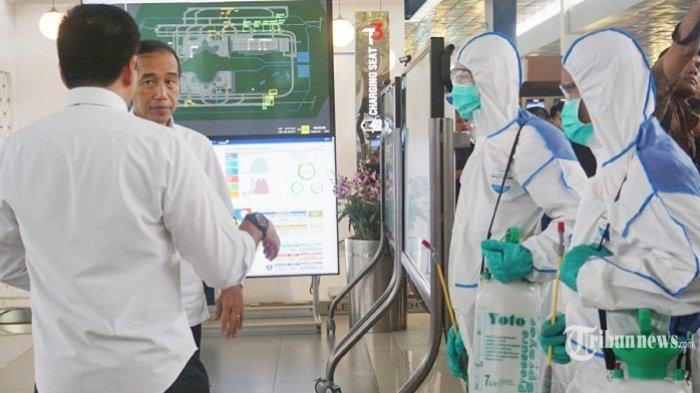 Corona Belum Reda, Presiden Jokowi Ingatkan Pengusaha yang Dapat Stimulus Tak PHK Karyawan