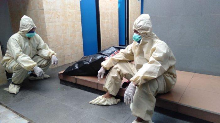 Penemuan Jenazah di Toilet SPBU Colomadu, Posisi Tangan Memegang Dada