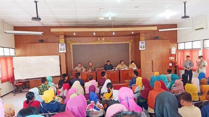 Karyawan PT Tyfountex Kecewa, Tidak Ada Wakil Manajemen yang Hadir Mediasi di Dispenaker Sukoharjo