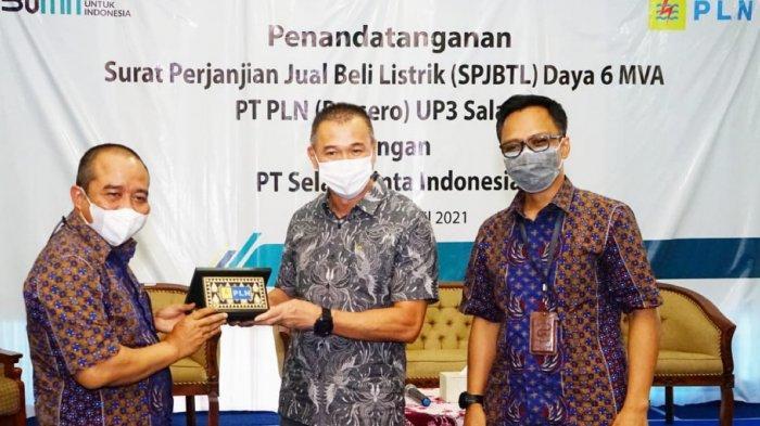 Dukung Sektor Industri, PLN Lakukan Sambungan Baru ke PT Selalu Cinta Indonesia