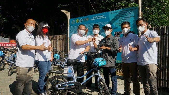 PLN Peduli Berikan Bantuan Edukasi Sekolah Sungai Siluk Yogyakarta