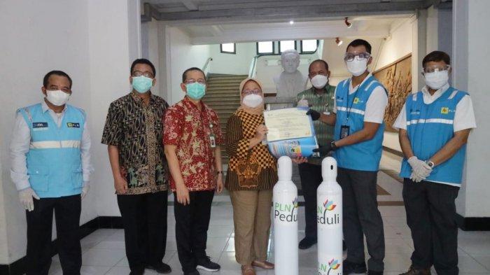 PLN Salurkan Bantuan Oksigen ke Sejumlah RS di Jawa Tengah