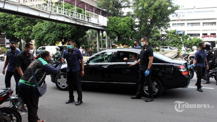 Jubir Istana Bantah Kabar Presiden Bagi-bagi Sembako di Bogor Sabtu Malam