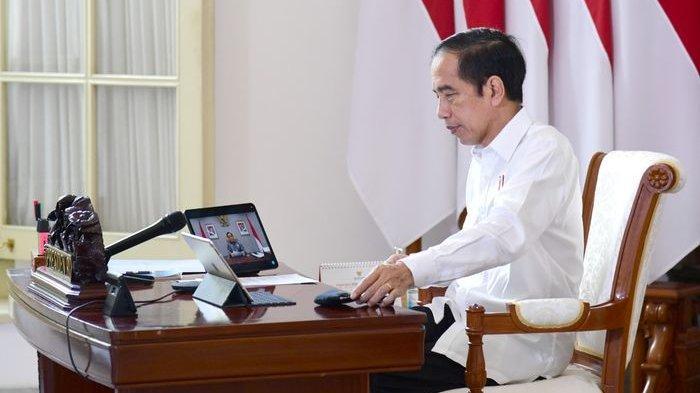 Momen Debar Jantung Presiden Joko Widodo Saat Menyaksikan Final Bulu Tangkis Greysia/Apriyani