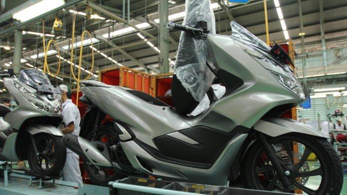 Hadir dengan Sophisticated Matte Silver, Honda PCX Tampil Makin Elegan