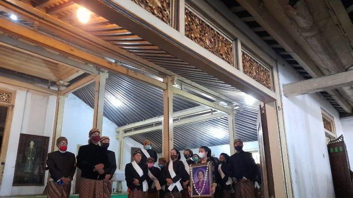 Sebelum Dimakamkan di Imogiri, Jenazah Anak Raja Solo Lalui Upacara Selama 2 Jam