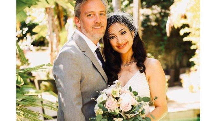 Rahma Azhari Umumkan Telah Menikah Lagi, Suaminya Bule Bernama Paris Chong, Intip Foto-fotonya