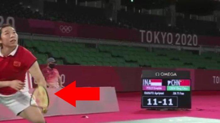 Momen Unik Final Ganda Putri Badminton di Olimpiade Tokyo 2020, Raket Jia Yi Fa Melengkung