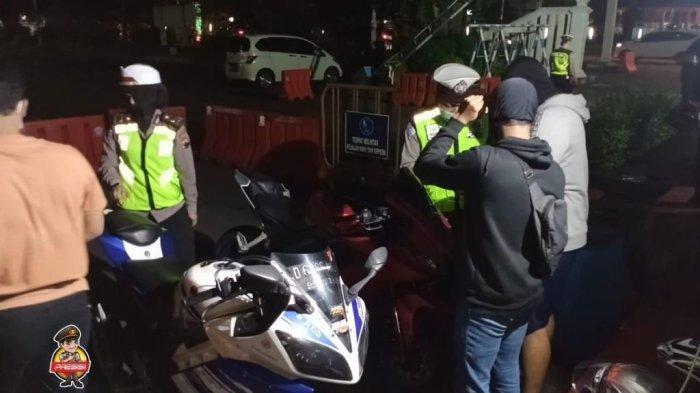 Kena Razia Knalpot Brong di Solo, Belasan Pengendara Motor Gigit Jari: Kendaraan Disita Polisi