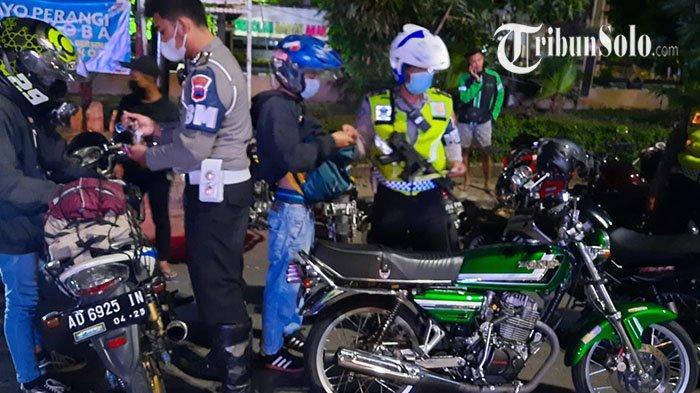 Ganggu Warga di Malam Minggu, Puluhan Pengendara Motor di Solo Kena Tilang: Pakai Knalpot Brong