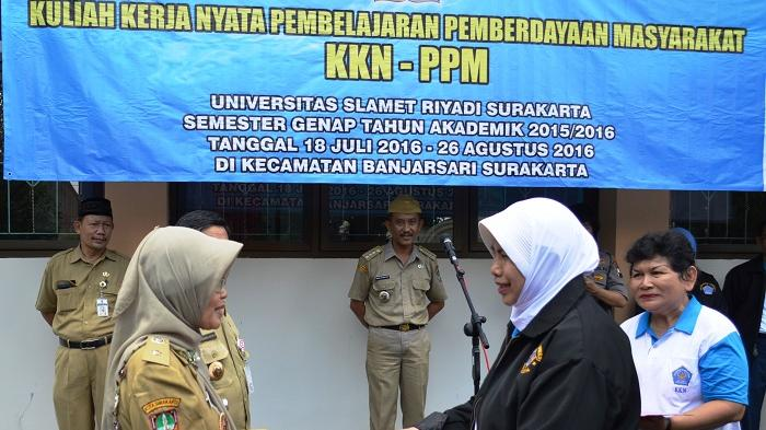 Rektor Unisri Surakarta Lepas 531 Mahasiswa KKN PPM