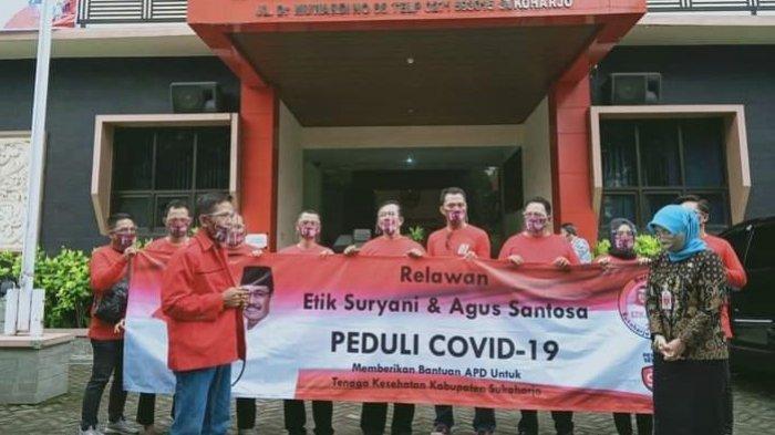 Kasus Covid-19 di Sukoharjo Kian Meroket, Relawan EA Sumbang 1.200 APD Lengkap ke Satgas