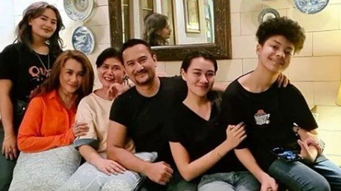 Reza Artamevia Cerai dari Mendiang Adjie Massaid, Ungkap Masih Akrab dengan Keluarga Mantan Suami