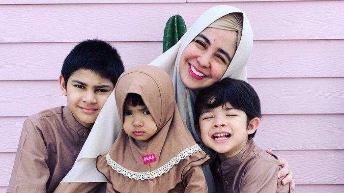 Masih Enggan Publikasikan Suami, Risty Tagor Rutin Pamerkan Aktivitas Ketiga Anaknya selama Pandemi