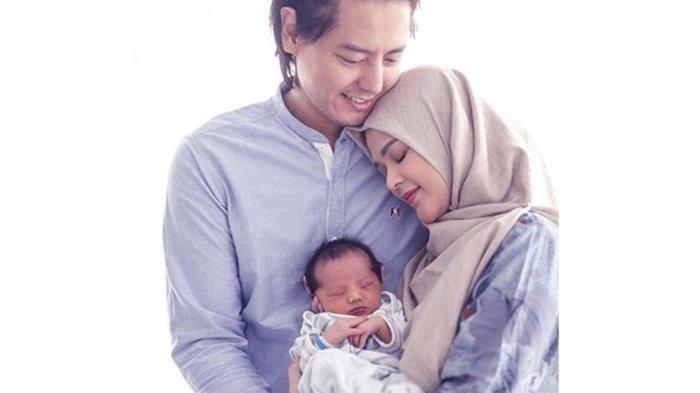 Potret Idul Adha Para Artis Bersama Bayi Pertama Mereka, dari Vanessa Angel hingga Cut Meyriska