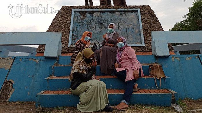 Patung Bedhol Desa Wonogiri Ditutup, Tapi Wisatawan Luar Kota Bisa Masuk: Lewat Jalan Tikus