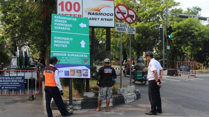 Cegah Pemudik Terkena Macet, Dishub Solo Pasang 110 Rambu Pendahulu Penunjuk Jalan