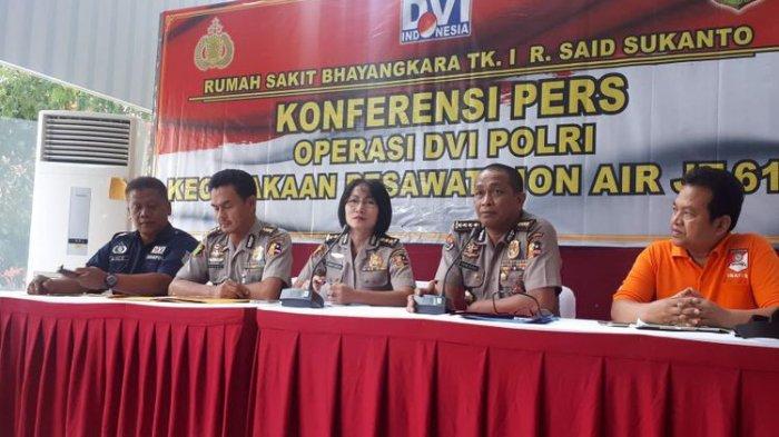 Rumah Sakit Polri Kramatjati Telah Identifikasi Tujuh Korban Pesawat Lion Air JT 610