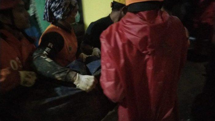 Jasad Korban Longsor di Tawangmangu Ditemukan, Tim SAR Lakukan 5 Jam Pencarian