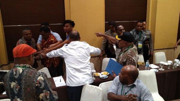 Kericuhan Warnai Pleno KPU Papua yang Tengah Diskors, Begini Kronologinya