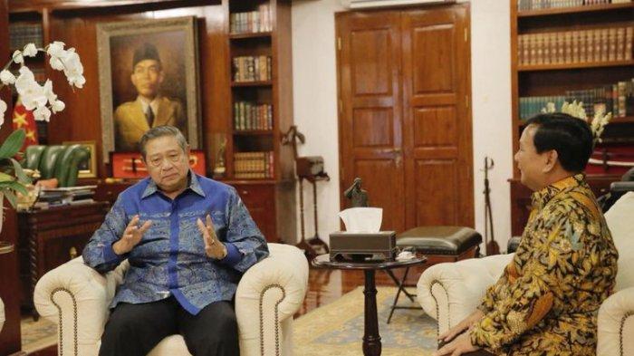 Senin Sore Ini, Prabowo Dijadwalkan Takziah ke Cikeas