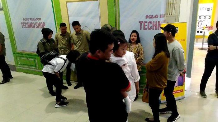 Pengunjung Mengaku Gemas Melihat Tingkah Lucu Sedah Mirah Saat Diajak ke Solo Paragon Mall