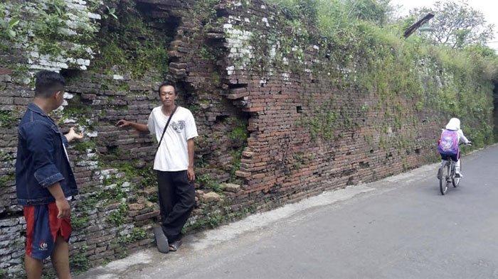 Sejarah Penemuan Keraton Kartasura : Berupa Hutan Penuh Rusa, Hingga Jadi Kompleks Makam