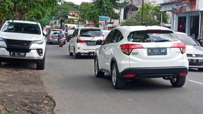 Syarat ke Luar Kota Naik Mobil Pribadi saat PPKM Mikro Berlaku, Dimungkinkan Ada Tes Covid-19 Acak