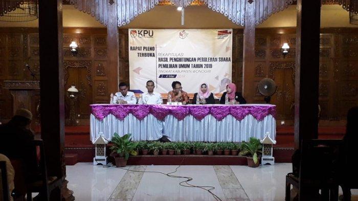 Sempat Molor Tiga Hari, Rapat Pleno Pemilu 2019 Tingkat Kabupaten oleh KPU Wonogiri Tuntas