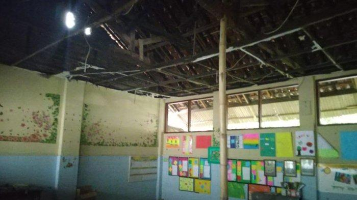 Kondisi Sekolah di Solo Masih ada yang Memprihatinkan, Atap Bangunan di SDN Kleco 1 Nyaris Ambruk