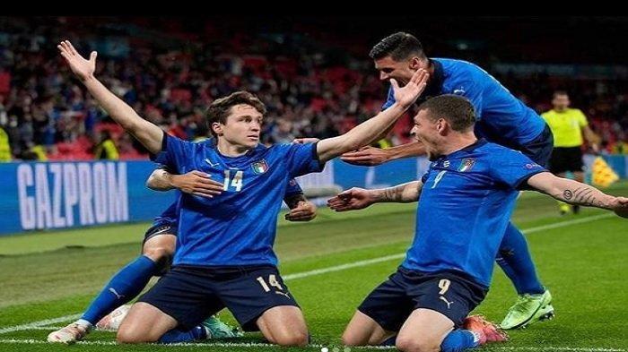 Pupus Datangkan Federico Chiesa, Chelsea Buru Striker Sassuolo Gantikan Posisi Olivier Giroud