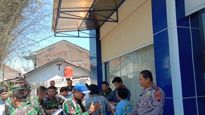 Ikut Berpartisipasi Rayakan HUT TNI ke-74, Satlantas Solo Buat Program SIM Gratis untuk Anggota TNI