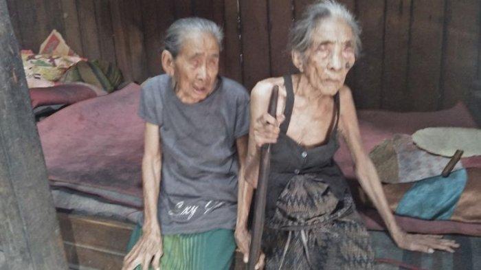 Buta dan Sakit-sakitan, Begini Kisah Haru Dua Nenek yang Setia Tinggal Bersama Dalam Kekurangan
