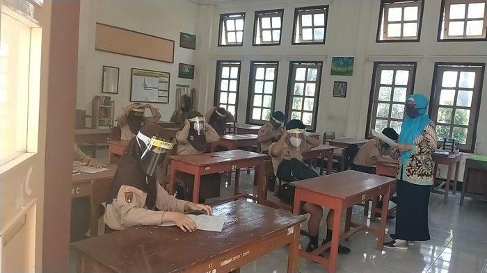 Siswa di Klaten Sudah Mulai Belajar Tatap Muka di Sekolah Meski Masih Pandemi Corona, Solo Kapan?