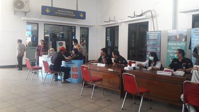 Dinkes Solo Targetkan Periksa 100 Pengemudi dalam Pemeriksaan Kesehatan di Terminal Tirtonadi