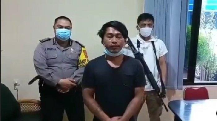Garang Sebut Corona Tak Ada & Siap Pegang Jenazah Covid-19, Asep bak Ayam Sayur saat Diciduk Polisi