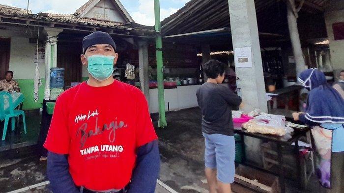 Sosok Rudiyanto yang viral karena bayar Rp 5.000 tapi tak habis bayar Rp 7.000 di Godean RT 01 RW 15 Desa Wirun, Kecamatan Mojolaban, Kabupaten Sukoharjo, Kamis (4/2/2021).