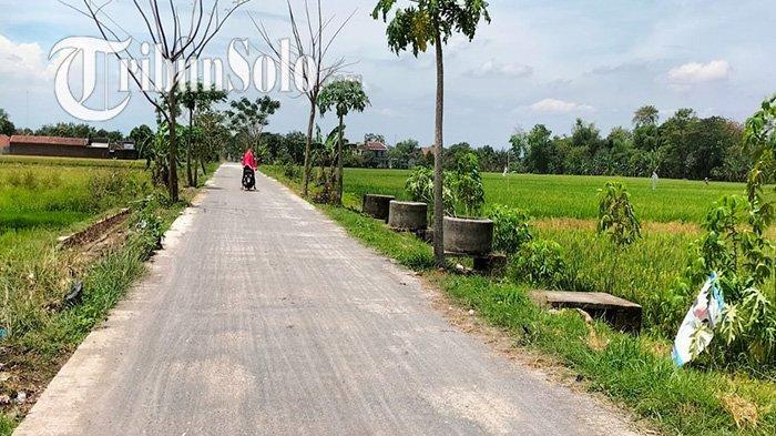 Perbaikan Jalan Rp 118 Juta Disorot, Kades Tanjung Juwiring : Papan Proyek Ada,Tapi Tiba-tiba Hilang