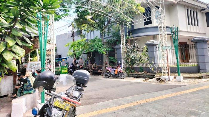 Presiden Jokowi Dikabarkan Perjalanan dari Jogja, Penjagaan Kediaman di Sumber Solo Diperketat