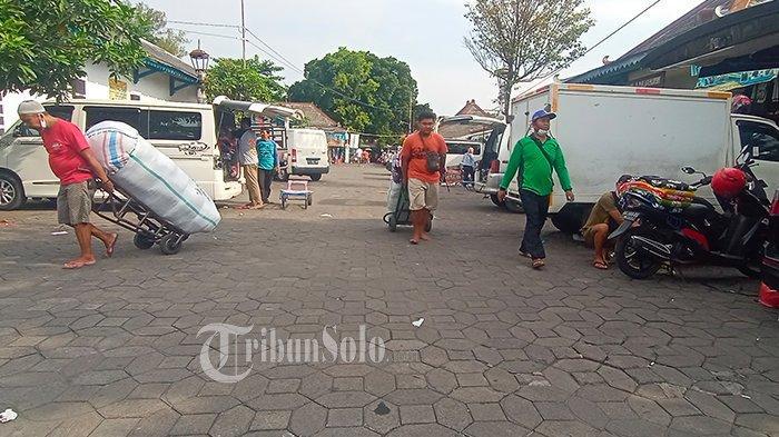 Pedagang Bermobil Luar Daerah 'Kapok' Mangkal di Solo, Takut Kena Swab dan Dibawa ke Donohudan