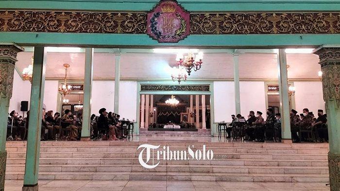 Sosok KRMH Roy Rahajasa Kandidat Calon Raja Pura Mangkunegaran, Cucu Mohammad Yamin