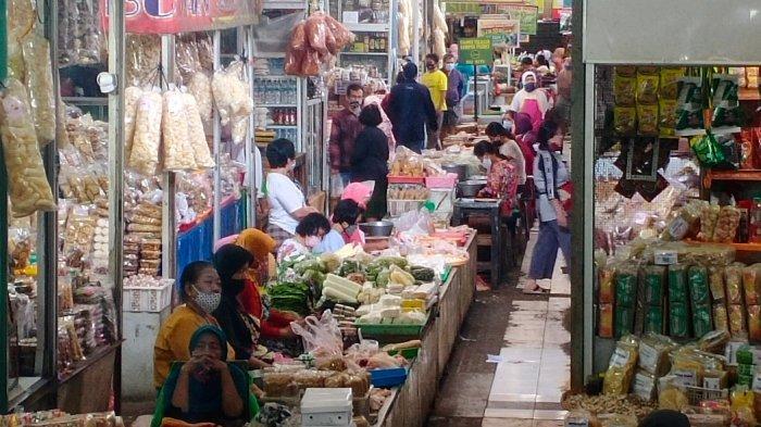 Ratusan Pedagang Pasar Gede Solo Diminta Bersabar, Pemkot : Di Rumah Dulu dan Tidak Nekat Berjualan