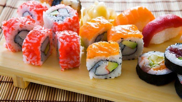 Sushi Jepang Dikreasikan Jadi Indomie Olahan Baru, Penasaran Rasanya?