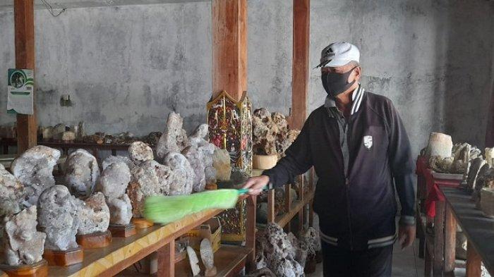 Kisah Penjual Souvenir 'Tercekik' Pandemi, Tak Ada Pemasukan, Imbas Museum Sangiran Tutup Setahun