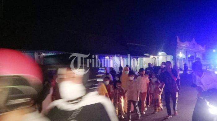 Tegas ! Polisi Bubarkan Takbir Keliling di Baluwarti Solo : Pemkot Sudah Melarang